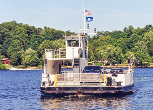 Connecticut River Ferry (Chester)